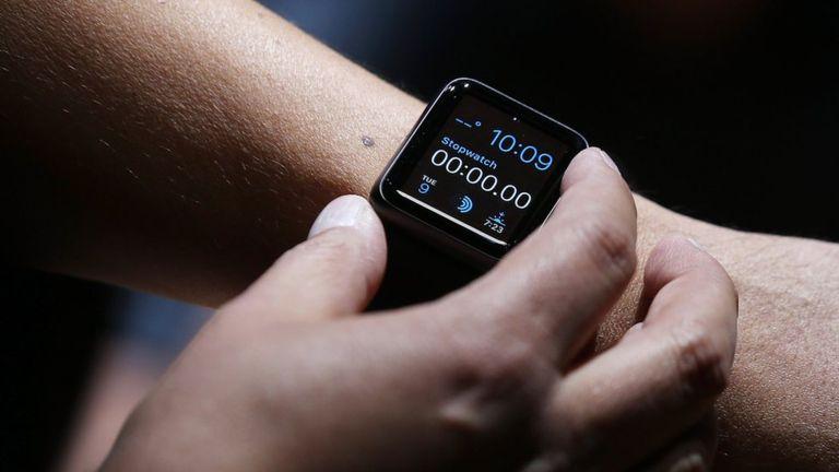 Los relojes inteligentes de Apple son los más vendidos del mercado. (Getty Images).