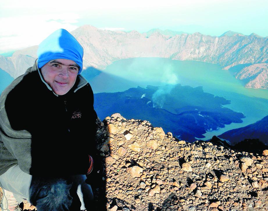 Jaime Viñals continúa con su expedición en busca de poner la bandera de Guatemala en los 10 volcanes del mundo. (Foto Prensa Libre: Hemeroteca PL)