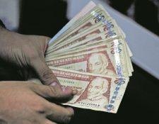 No reportar el manejo bancario podría ser un problema. (Foto Prensa Libre: Hemeroteca PL)