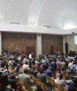 En el caso Cooptación del Estado se señala a varios ex funcionarios de gobierno y empresarios que podrían ser beneficiados de la nueva ley aprobada por el Congreso. (Foto Prensa Libre: Hemeroteca)