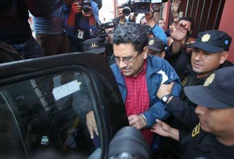 Rodolfo Lázaro, defensor de Roberto Barreda, es uno de los capturados. (Foto Presa Libre: Erick Ávila)