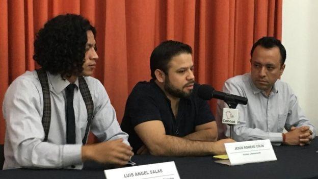 Romero y su abogado acusan complicidad de las autoridades civiles con la iglesia. Foto: Luis Ángel Salas.