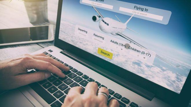 Comprar un vuelo por internet te puede salir más caro de lo que tal vez imaginas. GETTY IMAGES.
