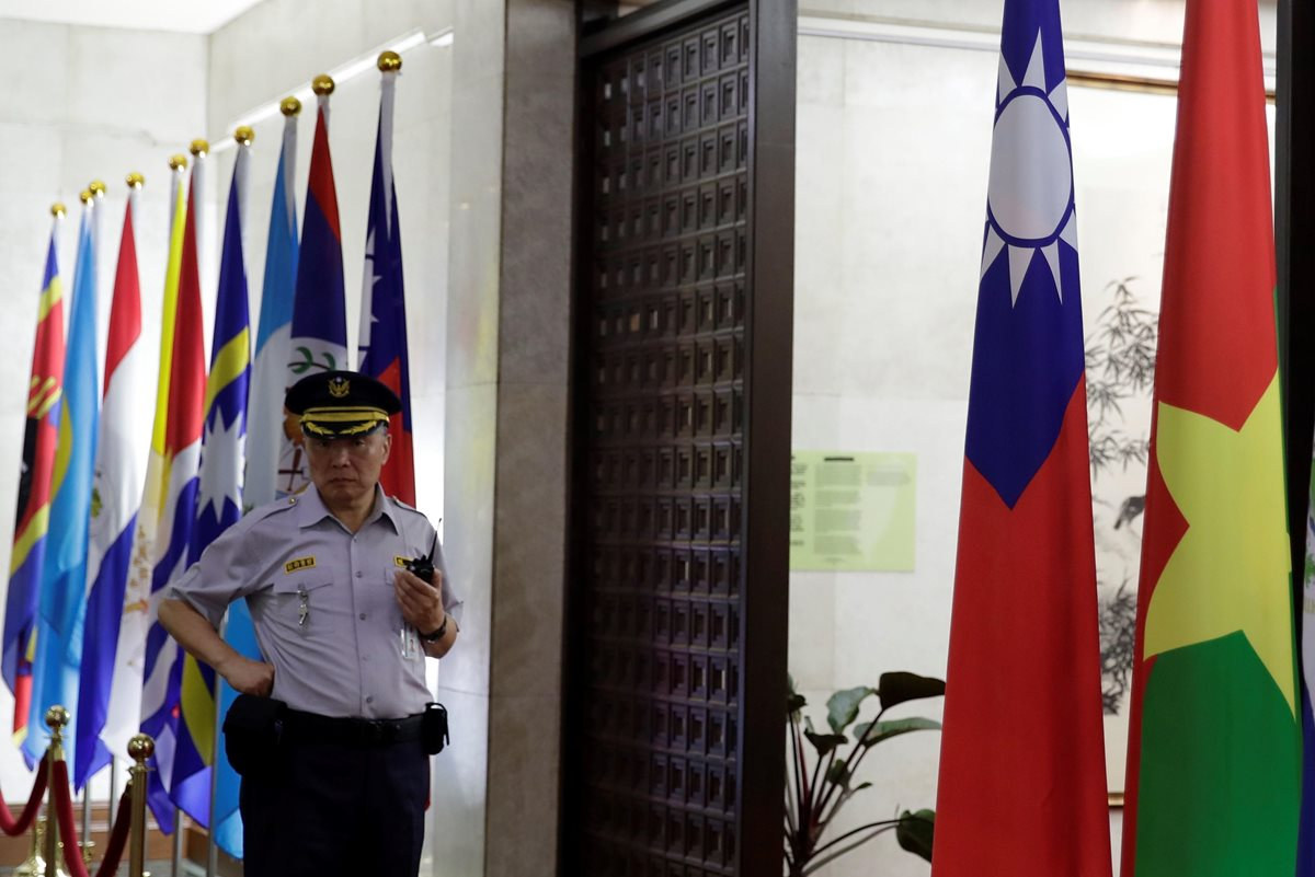 Taiwán ha ofrecido apoyo a los países centroamericanos con los que mantiene relaciones diplomáticas, para evitar perder aliados. (Foto Prensa Libre: EFE)