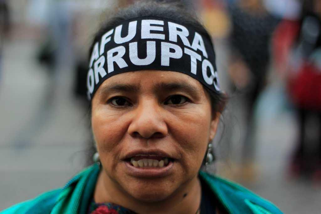 La participación de la mujer ha sido notoria en las manifestaciones.