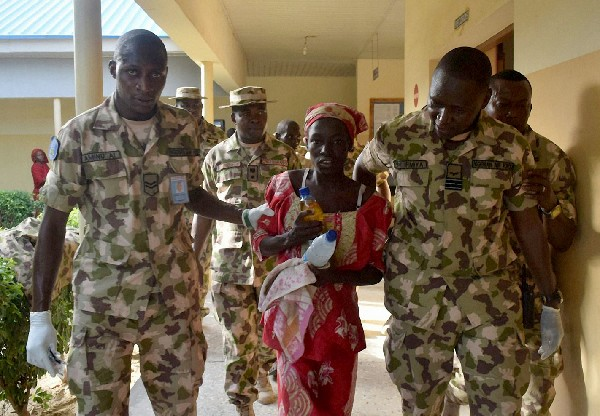 Niña rescatada en Nigeria no era de la escuela de Chibok
