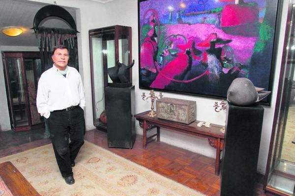 Los ambientes  de la  residencia  del pintor exhiben  varias  de  sus obras. (Foto Prensa Libre: Archivo)