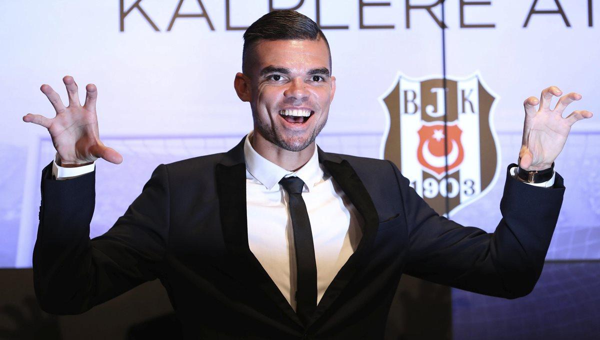 El portugués Pepe firma dos temporadas con el Besiktas