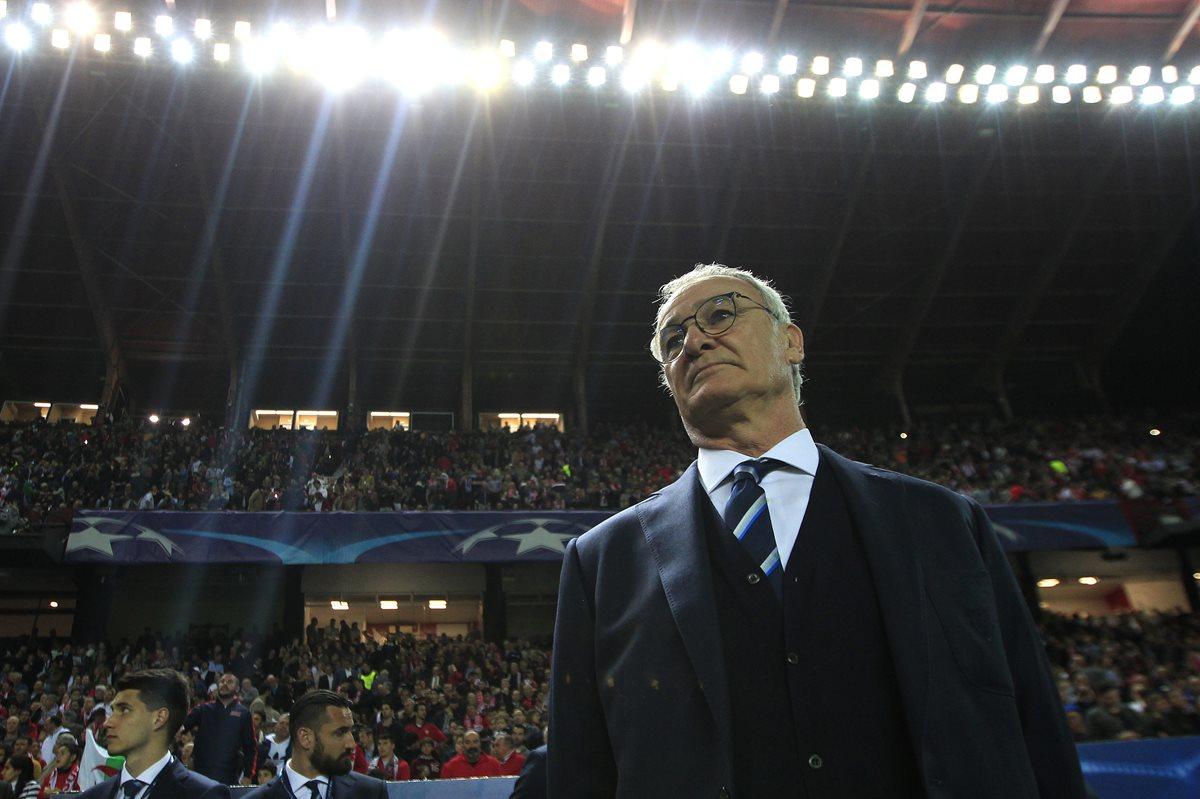 El entrenador italiano Claudio Ranieri fue destituido la semana pasada. (Foto Prensa Libre: AP)