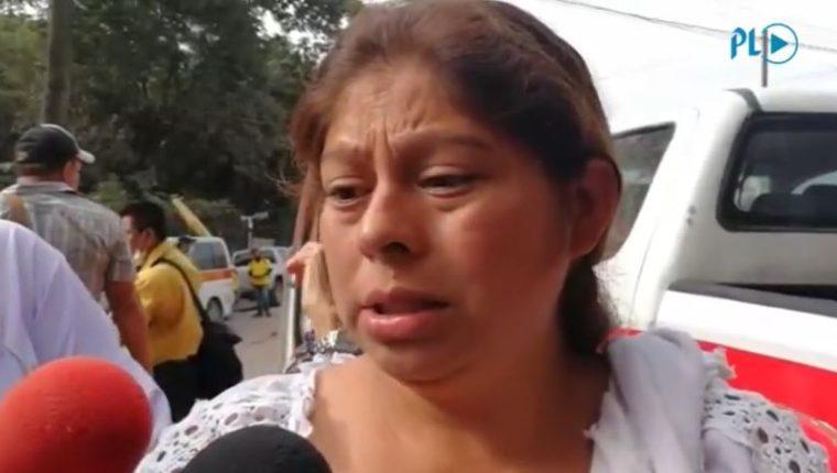 Eva Ascón busca a toda su familia. (Foto Prensa Libre: Érick Ávila)