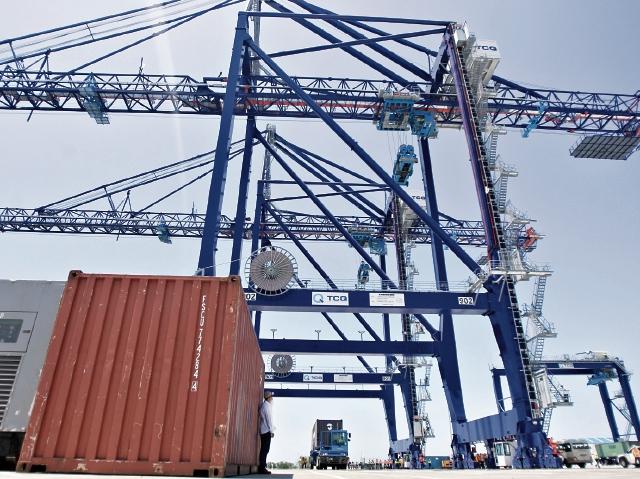 De urgente calificaron empresarios la entrada en operación de TCQ, por contar con infraestructura y equipo modernos. (Foto Prensa Libre: Hemeroteca)