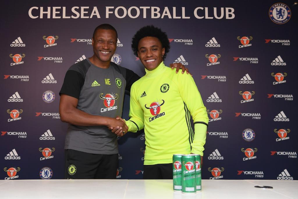 Willian renueva con el Chelsea hasta el año 2020