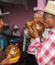 """El chilate, bebida ceremonial y tradicional trasciende al punto de que este día se llama """"Miércoles de Chilate"""" en Rabinal, Baja Verapaz. (Foto: Hemeroteca PL)"""
