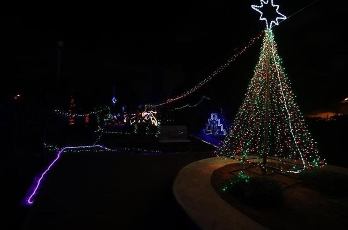 El parque ofrecía un show que es común en Estados Unidos, las luces se sincronizan con la música. (Foto Prensa Libre: María Longo)