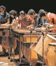 De las teclas de hormigo de la marimba surgen melodías que trascienden frontes y generaciones. (Foto Prensa Libre: Hemeroteca PL)