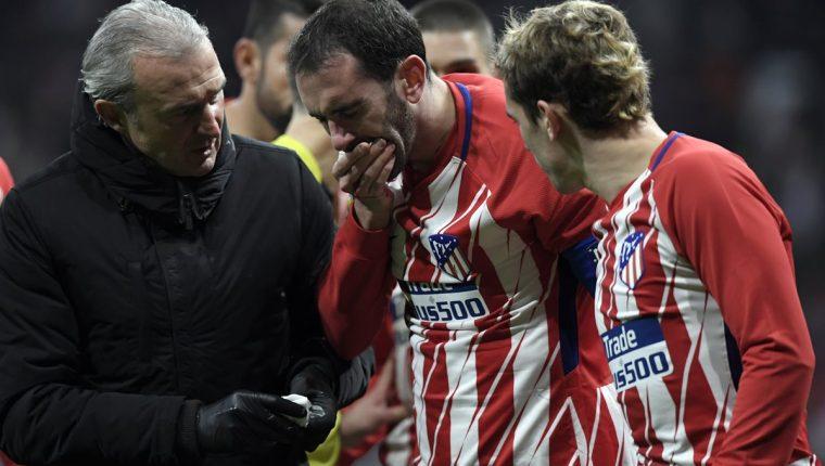 El uruguayo Diego Godín será baja para el Atlético de Madrid después de haber perdido tres dientes. (Foto Prensa Libre: AFP)