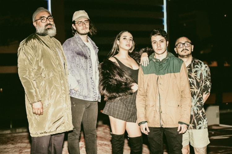 Banda guatemalteca aparta a su productor y guitarrista por maltrato