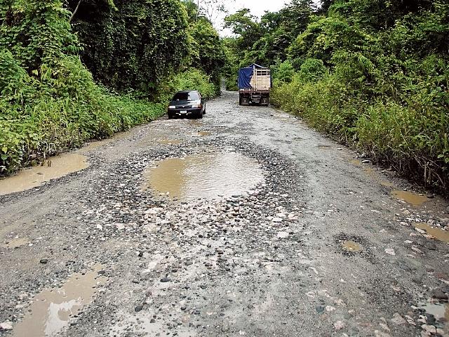En el segundo tramo aún no se inician los trabajos en el Parque Nacional Laguna Lachuá. (Foto Prensa Libre: Juan Carlos Rivera)