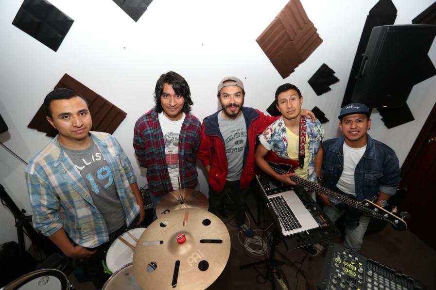 De la Rut ha preparado un repertorio especial para interpretar durante el concierto de Maroon 5 en Guatemala. (Foto Prensa Libre: Keneth Cruz)