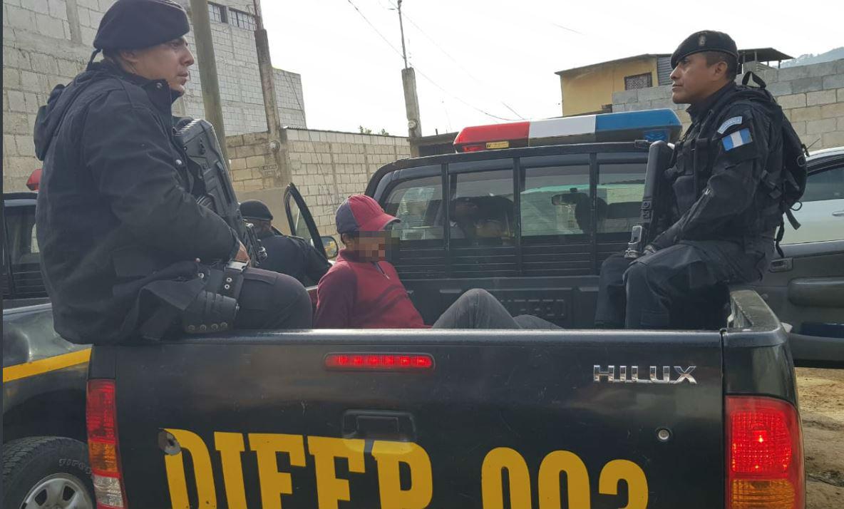 """A los presuntos integrantes de la banda """"Los Rejoneros"""" se les sindica de varios delitos, entre estos, asesinato. (Foto Prensa Libre: Cortesía PNC)"""
