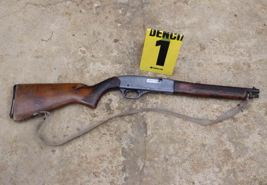 A los detenidos se les decomisó varias armas de fuego. (Foto Prensa Libre: Mario Morales)