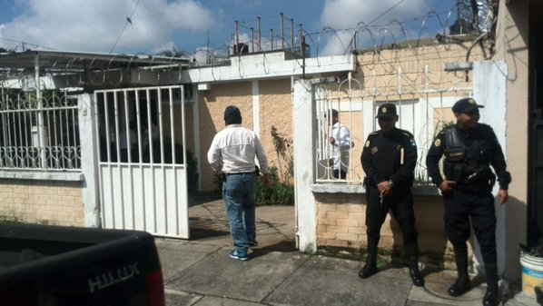 La casa allanada de Roxana Baldetti esta ubicada en la zona 5 capitalina reporta el Ministerio Público. (Foto Prensa Libre: Erick Ávila)