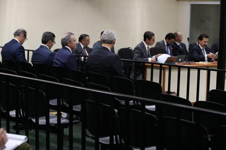 Los empresarios señalados en financiamiento electoral ilícito o no registrado llegarán mañana de nuevo al Juzgado de Mayor Riesgo D. (Foto Prensa Libre: Hemeroteca PL)