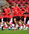 La Selección de Polonia todavía se encuentra en su país y realiza los últimos entrenamientos previo a Rusia 2018. (Foto Prensa Libre: AFP)