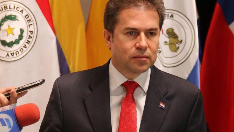 El canciller paraguayo, Luis Alberto Castiglioni, anunció el regreso de la embajada de su país a Tel Aviv, luego de que el anterior gobierno decidiera trasladarla a Jerusalén. (Foto Prensa Libre: EFE)