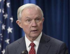 Jeff Sessions, determinó que la violencia doméstica o de pandillas no debe ser considerada para otorgar asilo. (Foto HemerotecaPL).