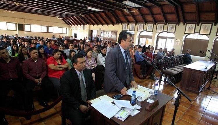 El diputado Domingo Trejo, participa en una vista pública en la Corte de Constitucionalidad. (Foto Prensa Libre: Hemeroteca PL)