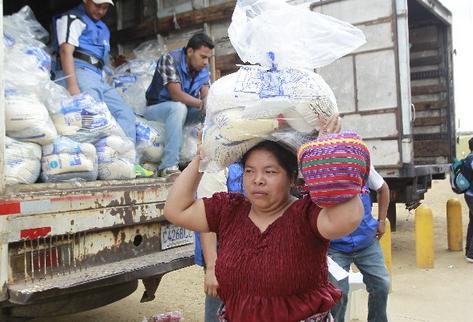 Reporte de Guatecompras señala precios más altos en productos para la bolsa segura.