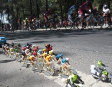 Los detalles de cada uno de los elementos de la caravana en miniatura han sido trabajados con esmero. (Foto Prensa Libre: Norvin Mendoza)