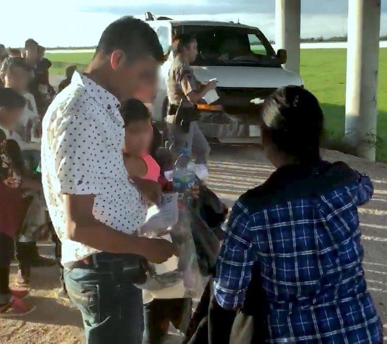 A diario, la Patrulla Fronteriza detiene a numerosos migrantes, la mayoría provenientes de Centroamérica. (Foto: CBP)