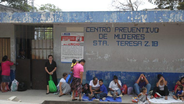 Centro preventivo de mujeres, Santa teresa, zona 18. Foto Prensa Libre: Hemeroteca.