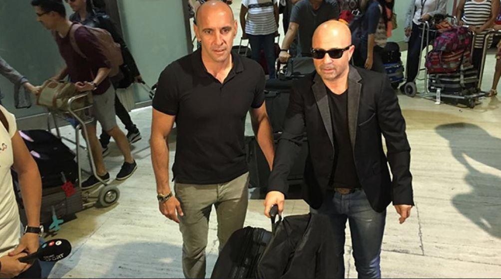 Sampaoli llega a Argentina para asumir como seleccionador
