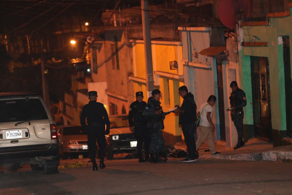 Lugar donde ocurrió el ataque en la colonia Landívar. (Foto Prensa Libre: Estuardo Paredes).