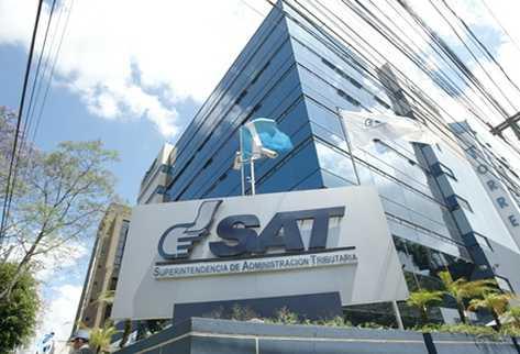 Quedan excluidos 12 profesionales para dirigir la SAT