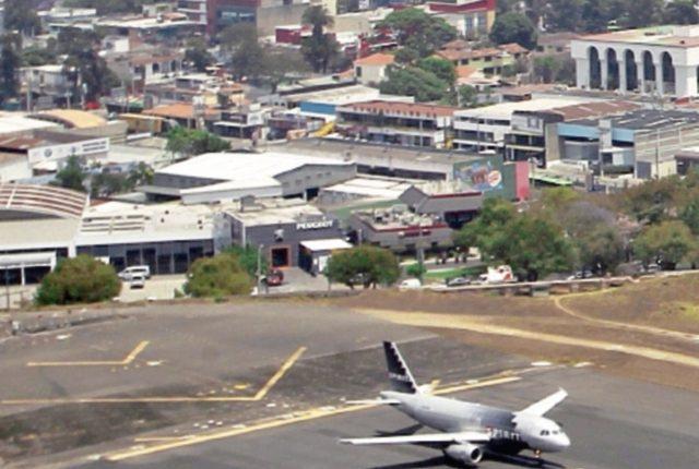 El aeropuerto será remodelado.
