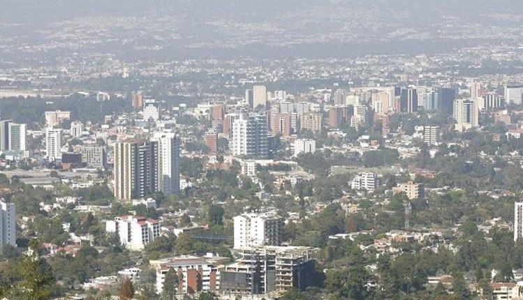 Hoteles de diferentes tamaños y hacia diferentes segmentos se ofrecen en el país. (Foto, Prensa Libre: Hemeroteca PL).