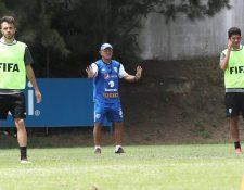 El técnico Wálter Claverí espera tener otro partido de preparación el 11 de septiembre en los Estados Unidos. (Foto Prensa Libre: Francisco Sánchez)