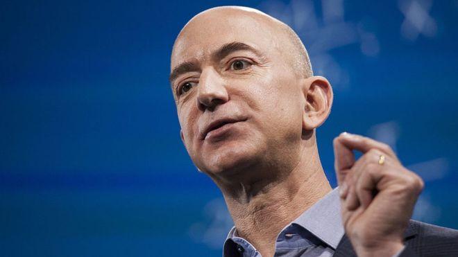 Bezos es el hombre más rico del mundo y su fortuna ya supera los US$105 mil millones. GETTY IMAGES