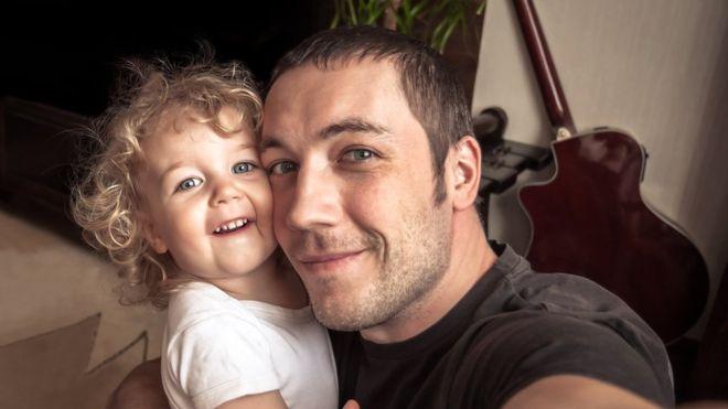 ¿Cuánta información sobre tus hijos compartes en las redes sociales? GETTY IMAGES