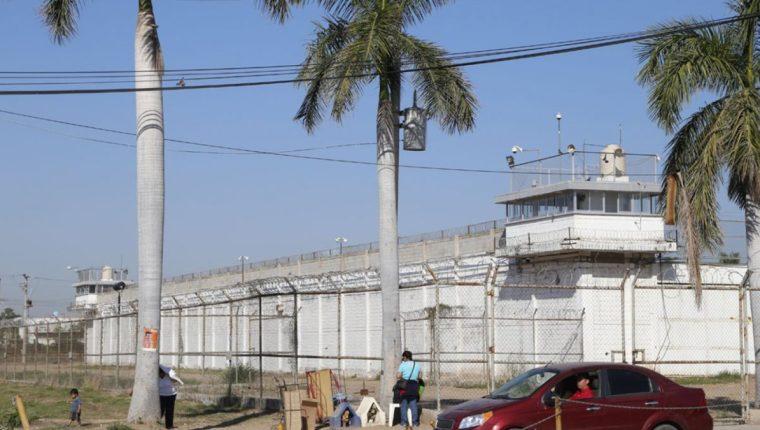 Penal de Culiacán, Sinaloa, de donde escaparon dos narcotraficantes de alto peligro. (Foto del sitio elinsurgente.mx)