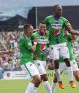 Así festejaron los jugadores de Antigua GFC en la gran final. (Foto Prensa Libre: Jesús Cuque)