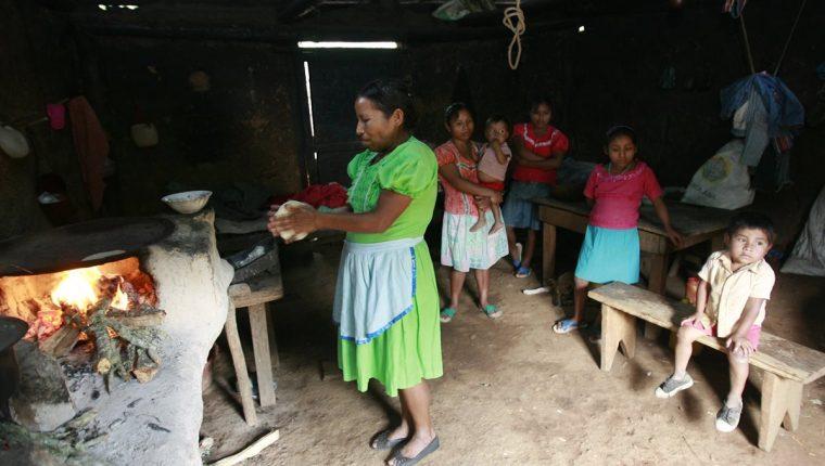 Expertos ven insuficiente censo en niños de primero primaria. (Foto Prensa Libre: Hemeroteca PL)