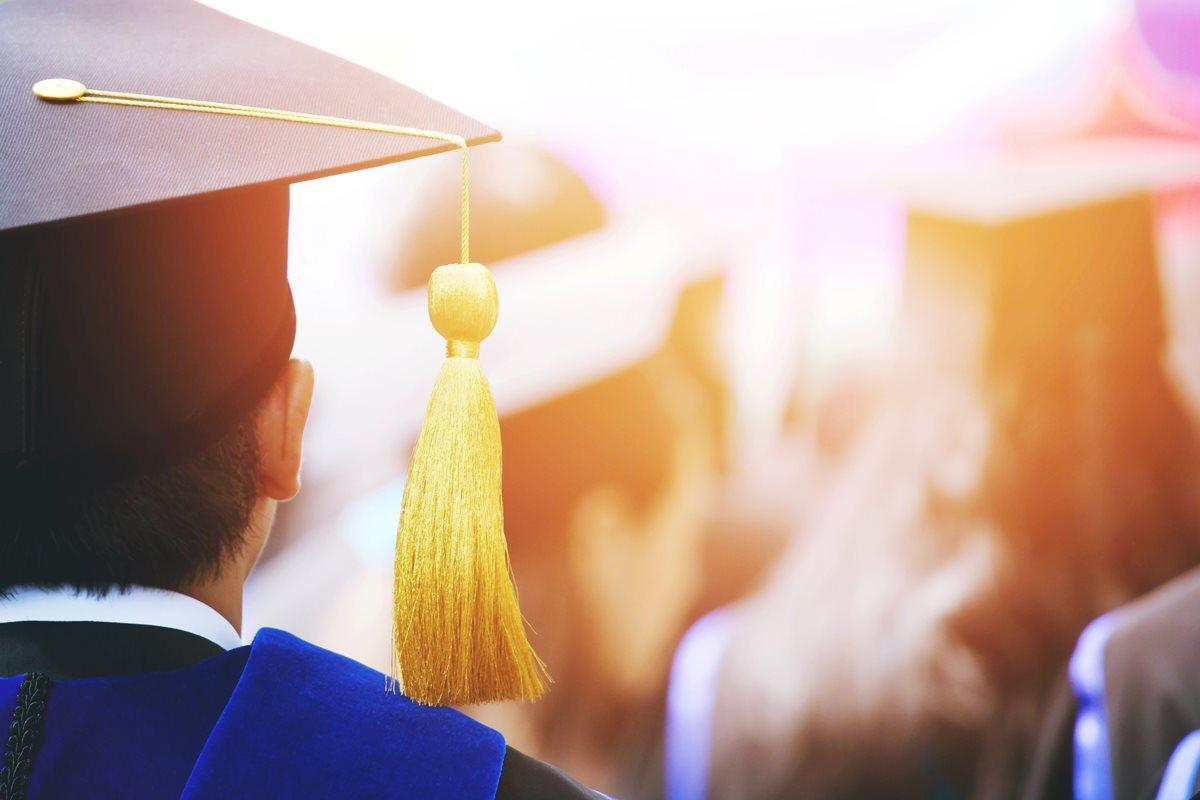 Diaco recibe diez denuncias diarias por gastos de graduación