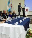 Anadie y Civ presentaron las bases de licitación para nueva autopista Escuintla-Puerto Quetzal. (Foto Prensa Libre: N. Gándara)