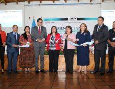 Autoridades del MP y el hospital inauguraron la agencia fiscal. (Foto Prensa Libre: Eduardo Sam)