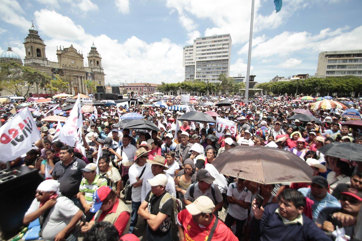 Cuatro marchas sindicales coinciden en el Centro Histórico